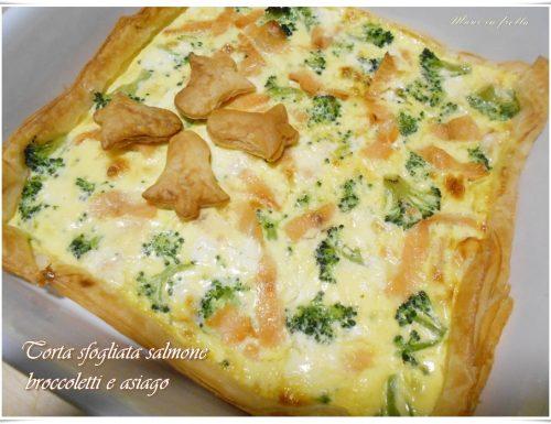 Torta sfogliata salmone broccoletti e asiago
