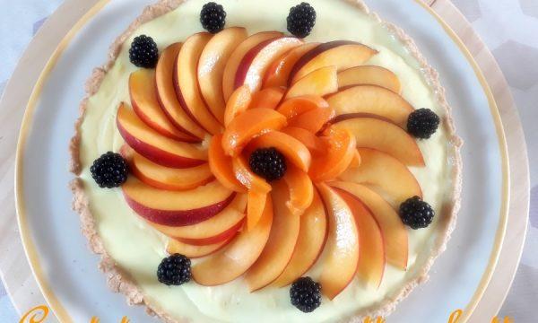 [:it]Crostata con panna cotta e frutta [:]