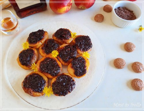 Pesche ripiene al forno con cacao e amaretti