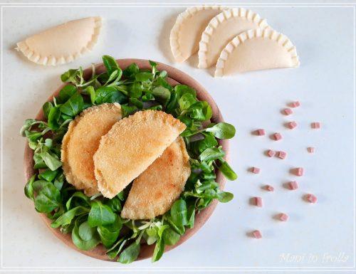 Mezzelune fatte in casa ricetta facile