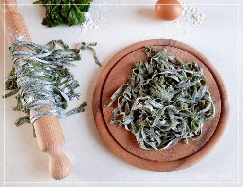 Tagliatelle verdi fatte in casa … agli spinaci