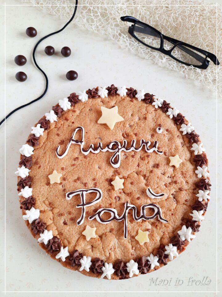 Torta biscotto con gocce di cioccolato bianco