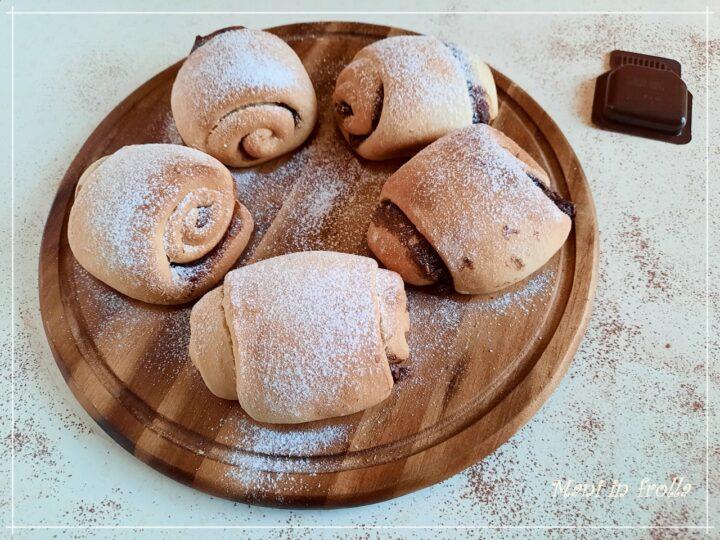 Pan brioche con crema alla nocciola