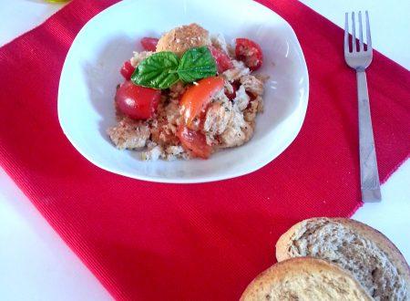 Biscotto di grano duro ai pomodori