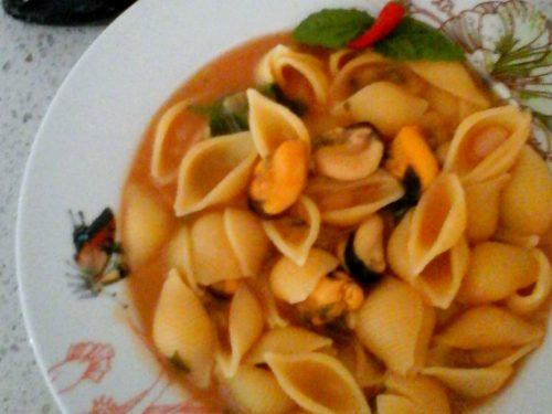 Pasta e fagioli con le cozze, ricetta campana