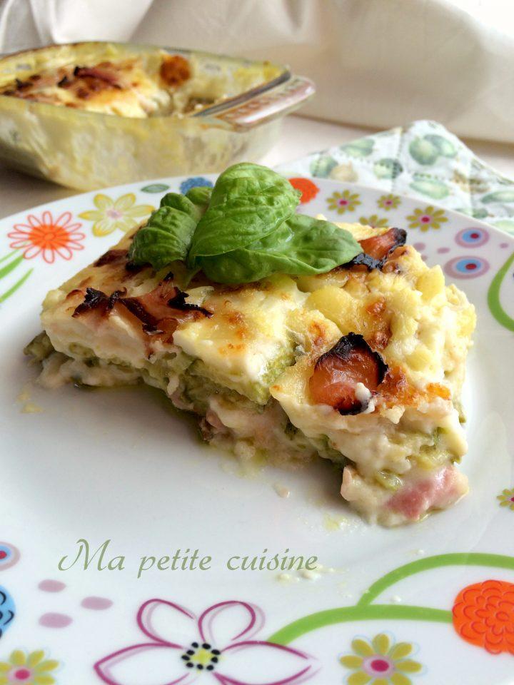 Parmigiana bianca di zucchine con prosciutto