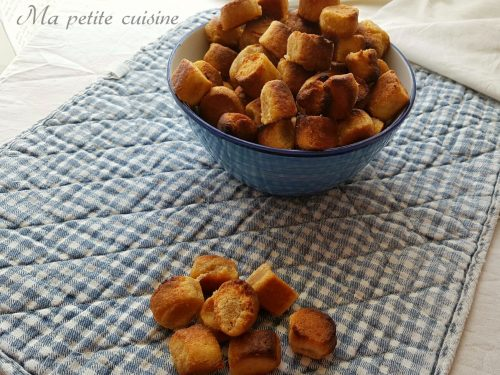 Biscotti salati alla paprica e parmigiano
