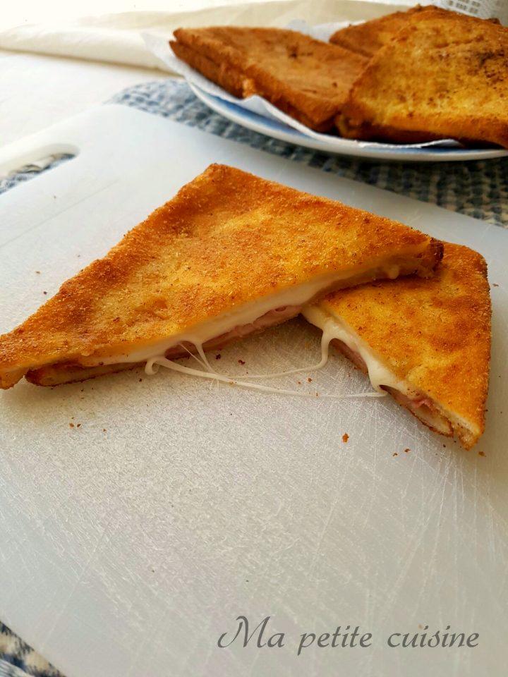 Tramezzini fritti dal ripieno filante