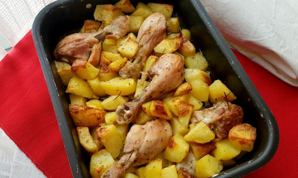 Fusi di pollo al forno con patate video ricetta