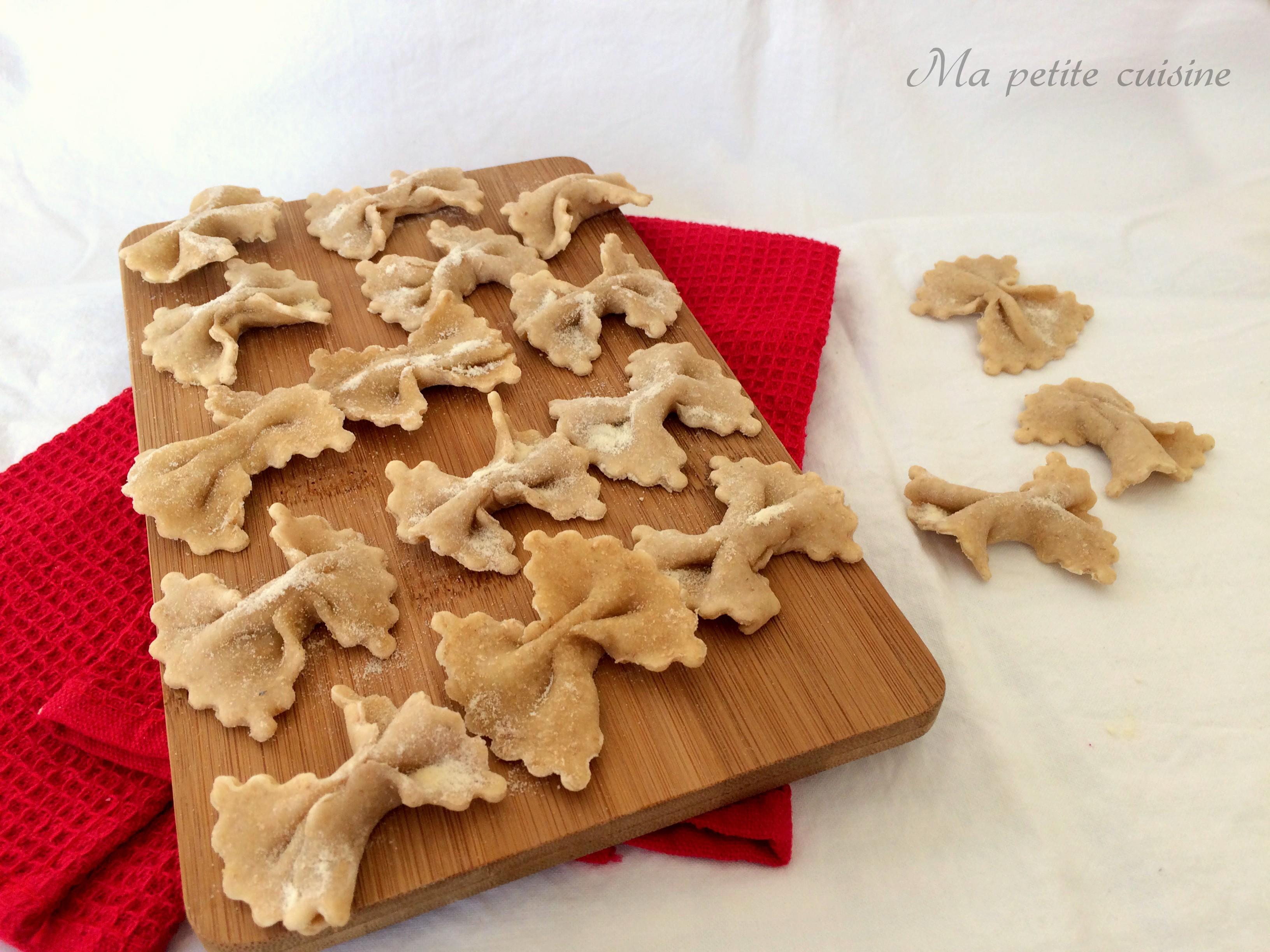 Farfalle fatte in casa con farina integrale ma petite for Cose fatte in casa