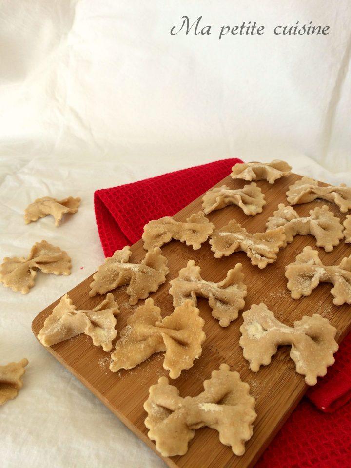 Farfalle fatte in casa con farina integrale