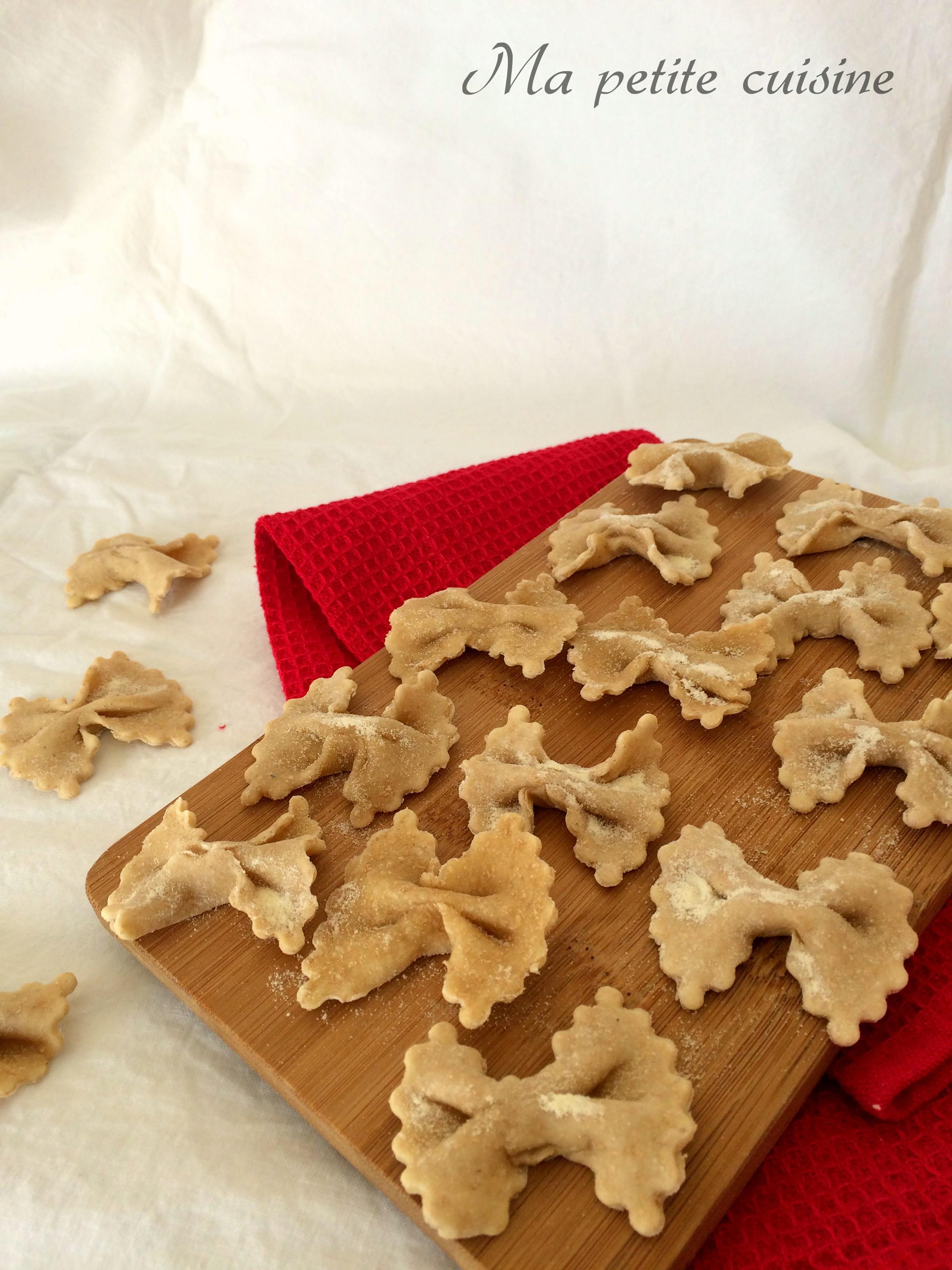 Farfalle fatte in casa con farina integrale ma petite for Cuisine integrale