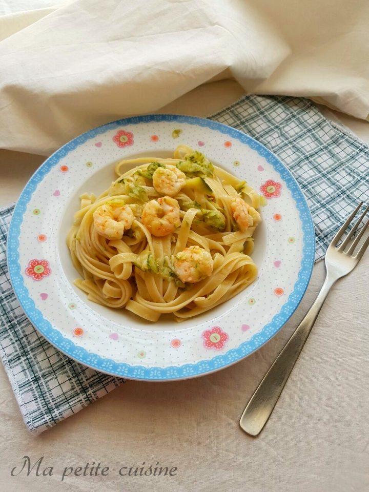 Fettuccine gamberi e zucchine
