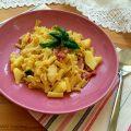 Pasta e patate con provola e pancetta
