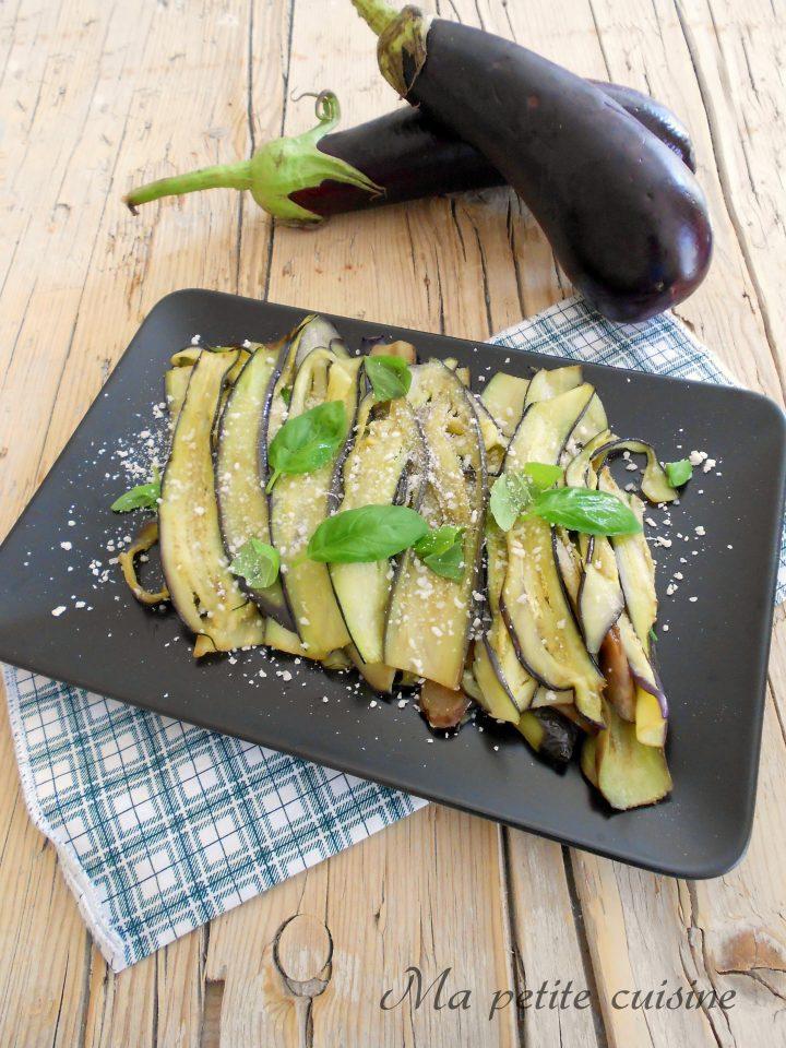 Melanzane al parmigiano e basilico