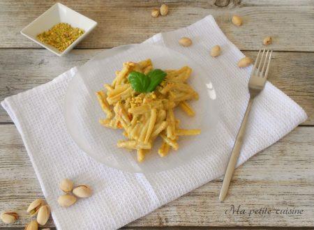 Casarecce alla crema di ricotta e pistacchi
