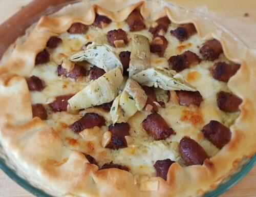TORTA SALATA CON CARCIOFI E SALSICCIA