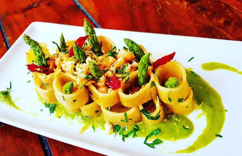 Calamarata gamberoni e asparagi