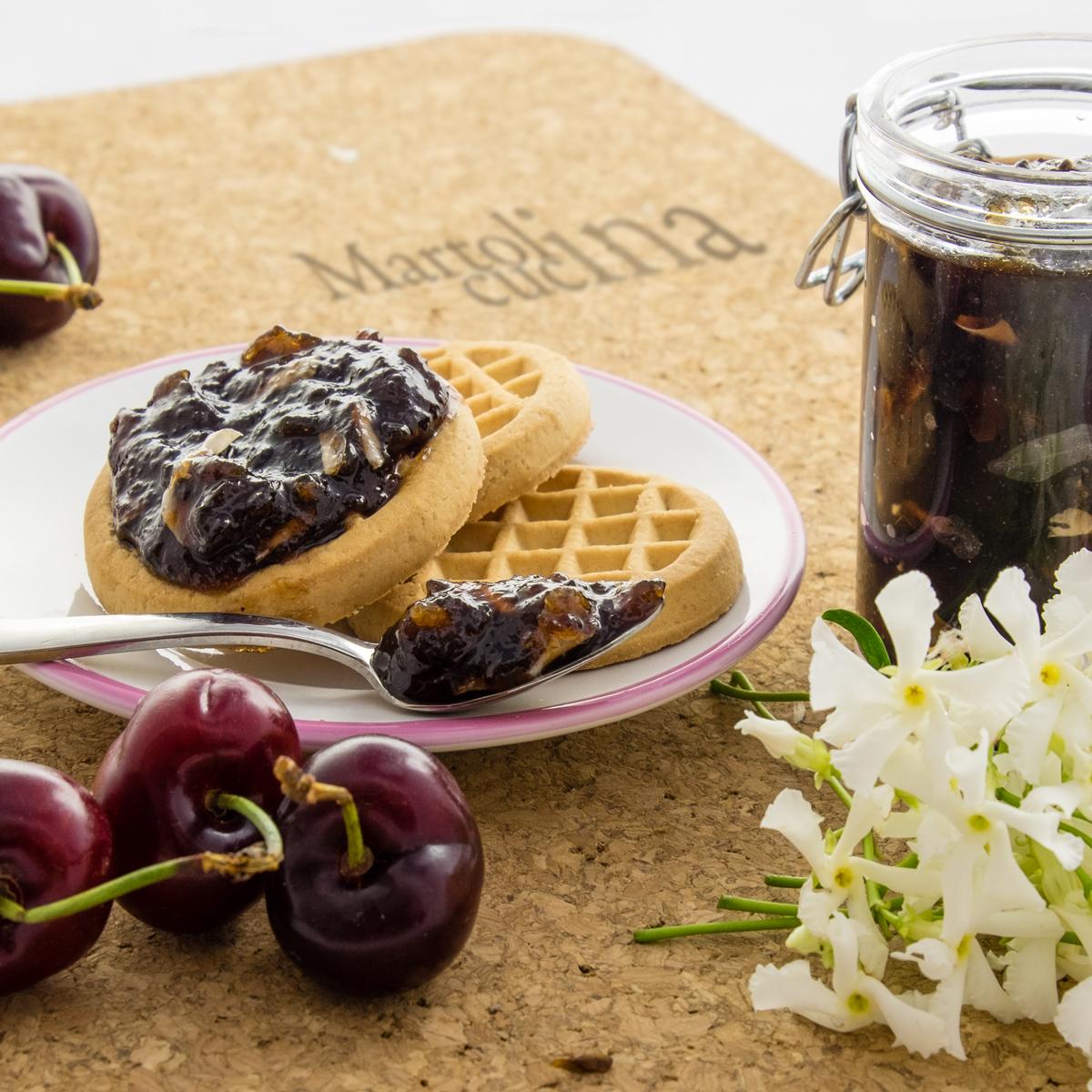 Confettura di ciliegie e gelsomino in microonde