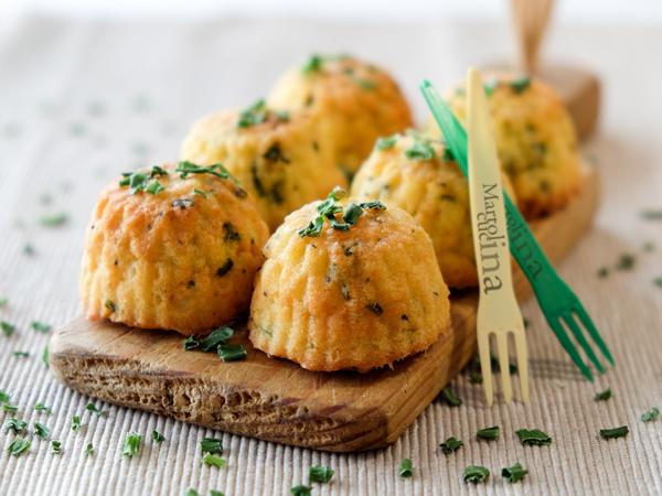 Mini muffin salati con erba cipollina