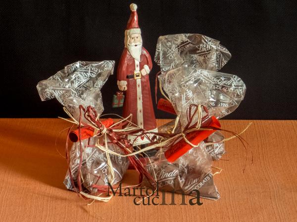 Regalo di Natale perfetto: preparato per tortino al cioccolato con cuore fondente