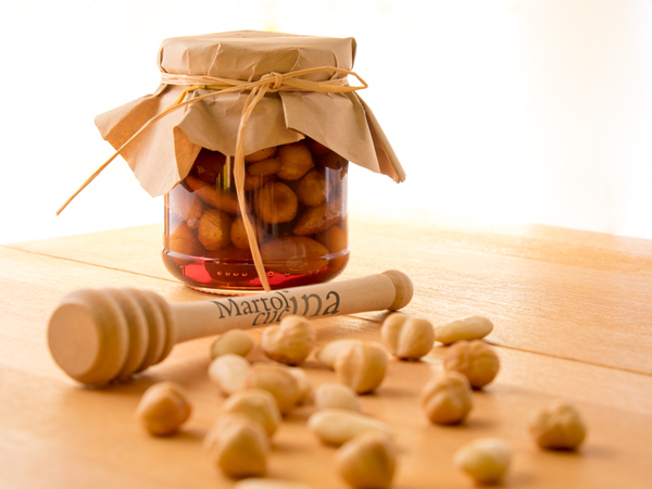 Frutta secca nel miele