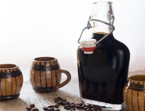 Liquore al caffè e vaniglia