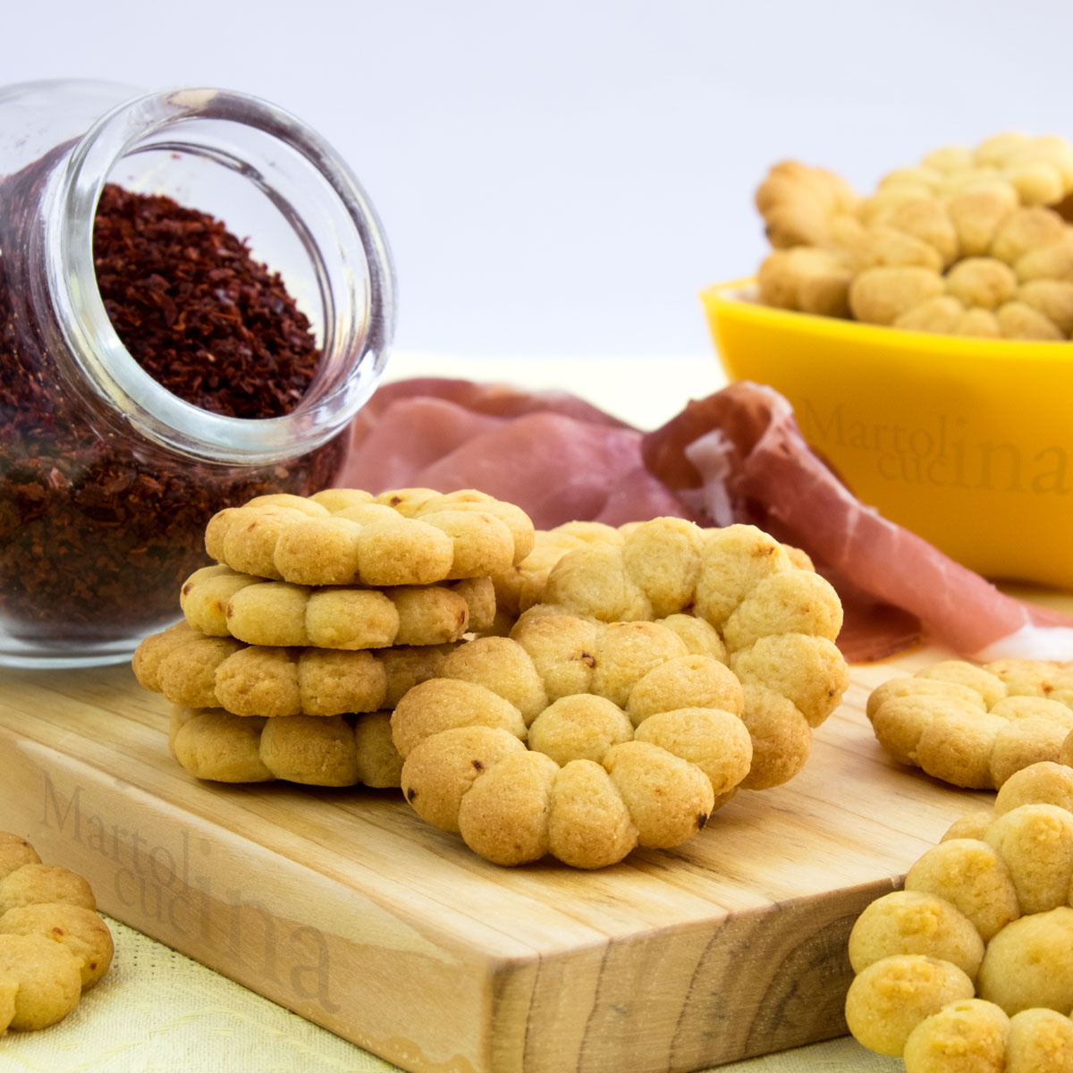 Biscotti-salati-peperoncino-C-1200x1200