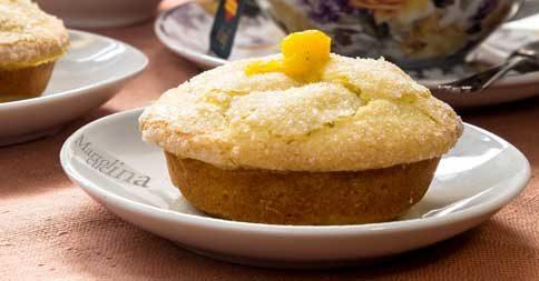 Tartellette gluten free con crema pasticcera e frutta secca