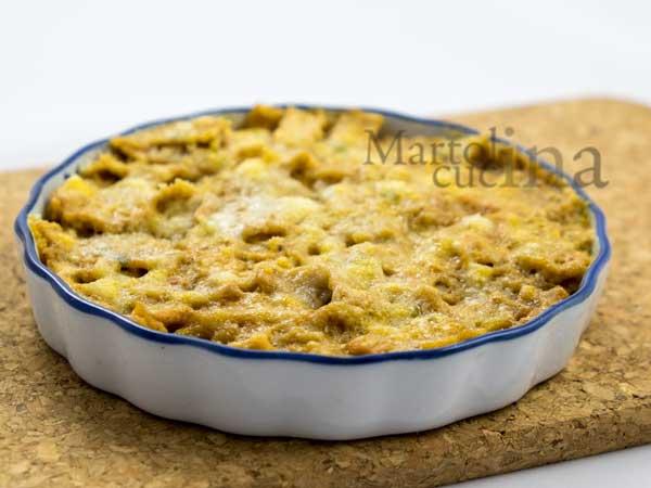 Crostata di tagliatelle al sugo di pomodorini secchi e stracchino_600x450