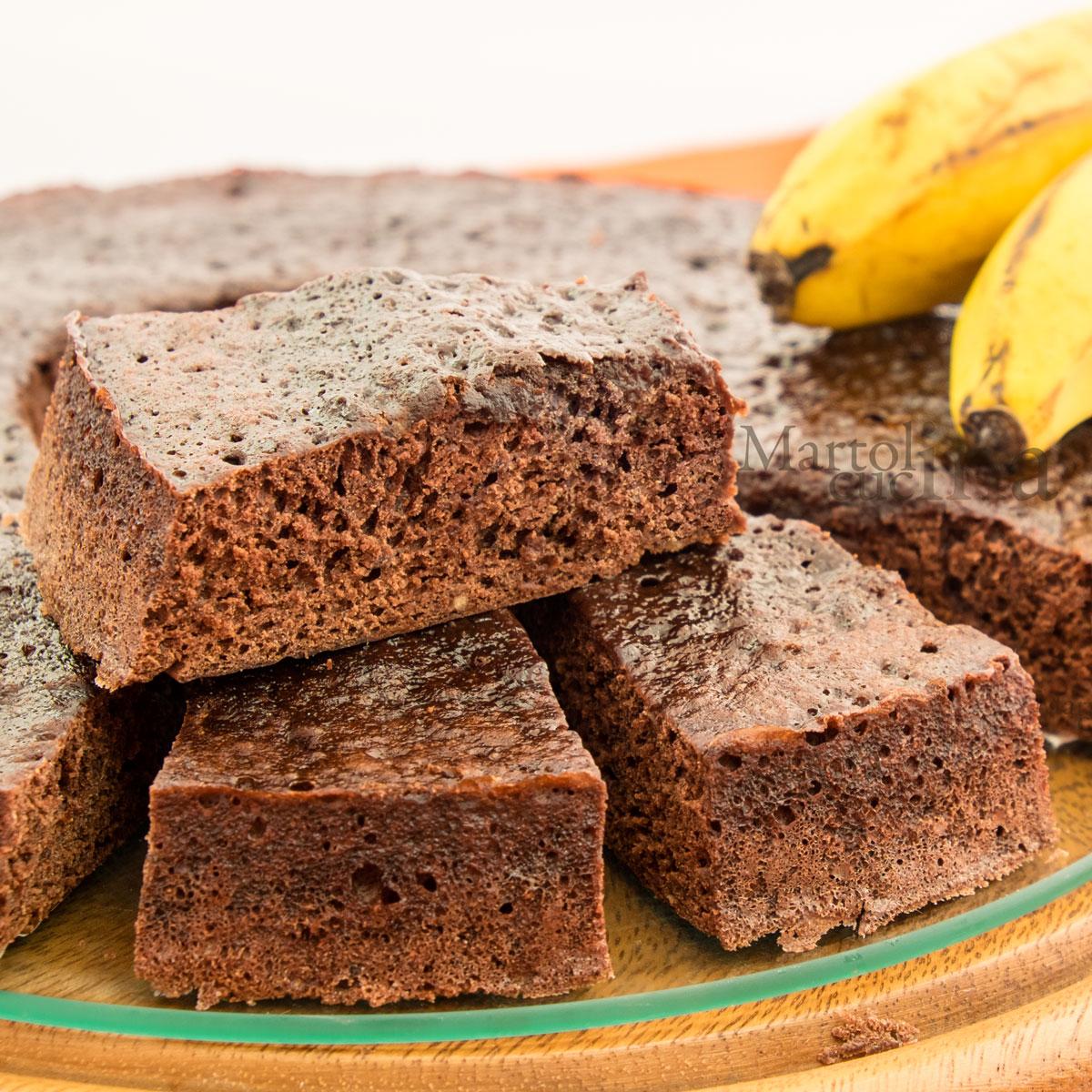 Torta-allo-yogurt-banane-cacao-B1200x1200