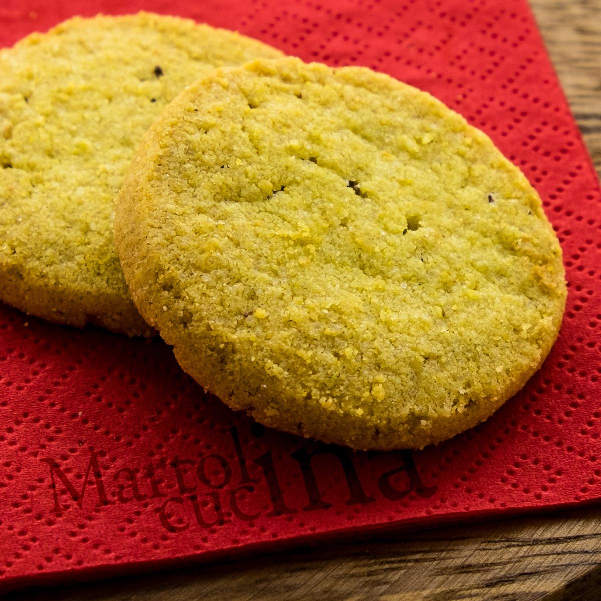 Biscotti-di-mais-miele-nocciole-1200x1200