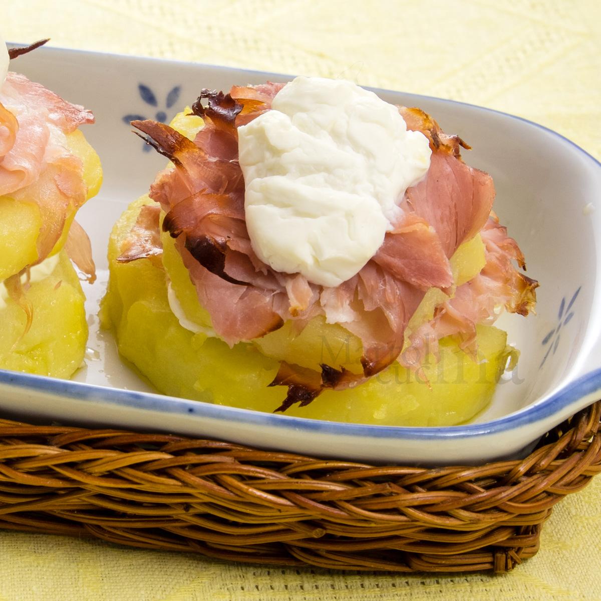 Sandwich-di-patate-scamorza-prosciutto-C1200x1200