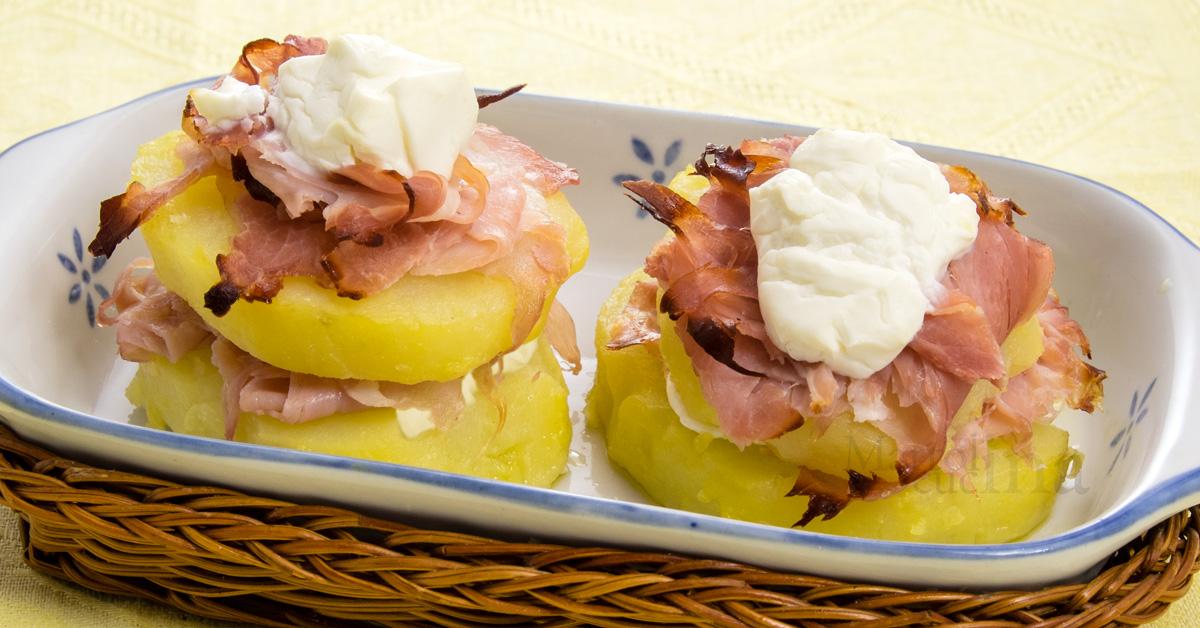 Sandwich-di-patate-scamorza-prosciutto-C1200x628