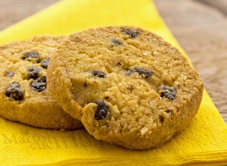 Biscotti di mais e uvetta senza burro