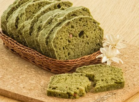 Pane con spinaci e prosciutto
