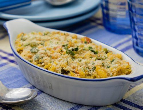 Riso giallo con pesce e verdure al forno