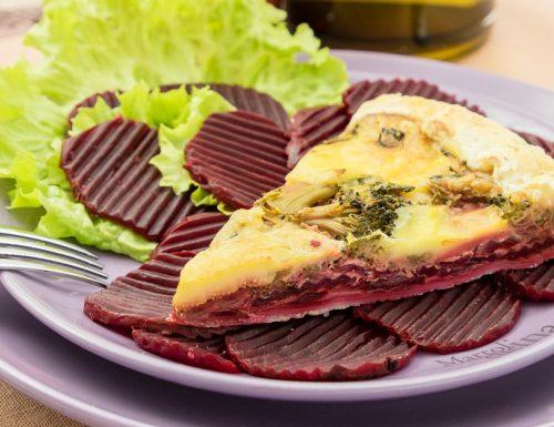 Torta salata barbabietole, broccoletti e formaggio