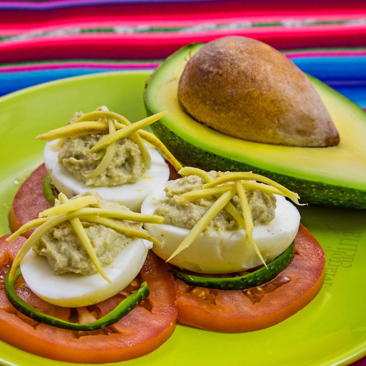 Uova farcite con maionese di avocado