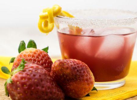 Aperitivo alle fragole, ricetta facile e veloce