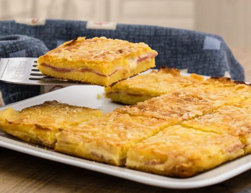 Torta di patate, mortadella e scamorza