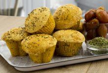 Muffin di pane alla pizza, ricetta facile