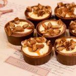 Cioccolatini con caramello salato e noci