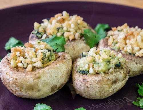 Funghi ripieni di ricotta e spinaci