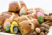 Hot cross buns con cioccolato, ricetta inglese