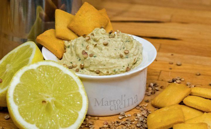 Hummus limone e coriandolo, antipasto facile