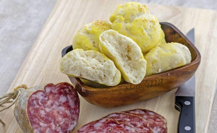 Pane al bicarbonato con lo yogurt, senza lievitazione
