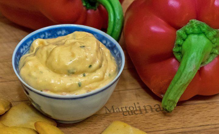 Salsa di peperoni e feta, ricetta mousse facile
