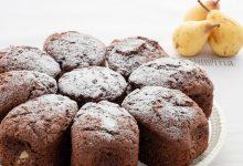 Torta con pere cacao e olio di oliva, dolce facile
