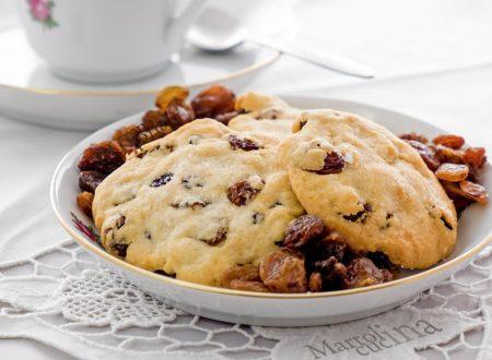 Biscotti con ricotta e uvetta, ricetta facile